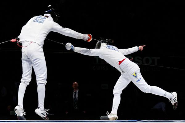 Quarter-finals_Limardo-Robeiri_Masters_epee_2012_n05